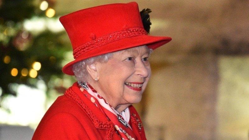 Královna nosí nejčastěji sytě růžovou rtěnku. Zdroj: Profimedia
