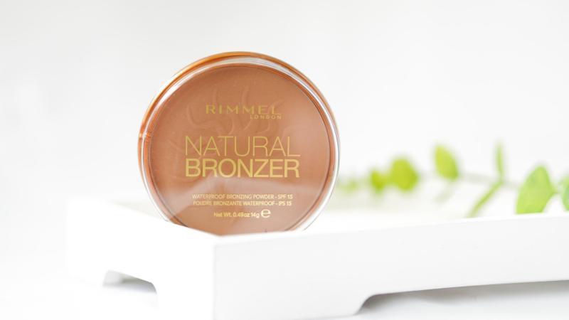 Natural Bronzer od Rimmelu.