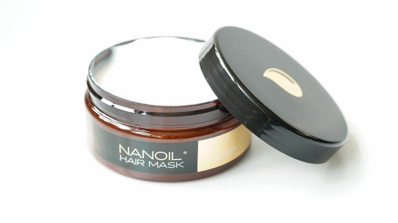 Otevřená Nanoil Keratinová maska na vlasy.